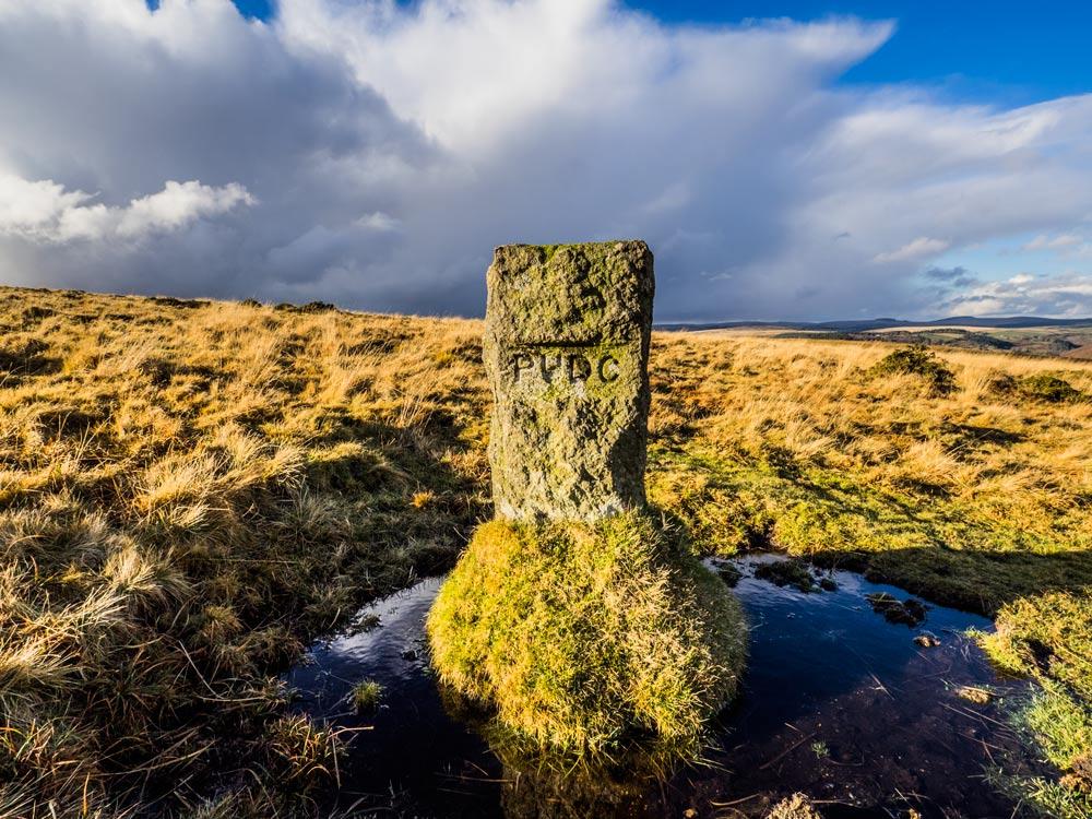 PUDC-Boundary-Stone,-Holne-Moor,-No.15-(387-m)