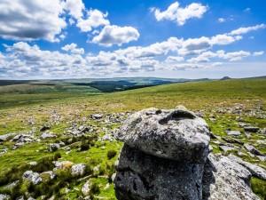 Leeden-Tor,-Middle-Stack,-Rock-Basins
