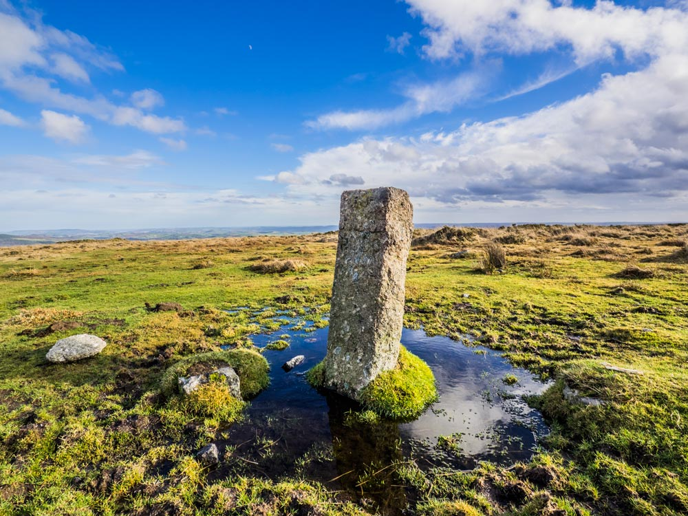 PUDC-Boundary-Stone,-Holne-Moor,-No.32-(415-m)1